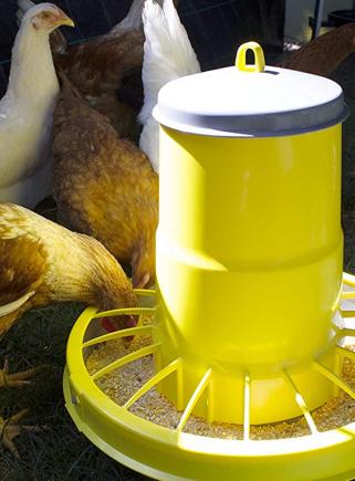 COMPACTA plastic hopper feeder