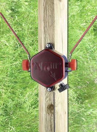 Lightning rod for fences